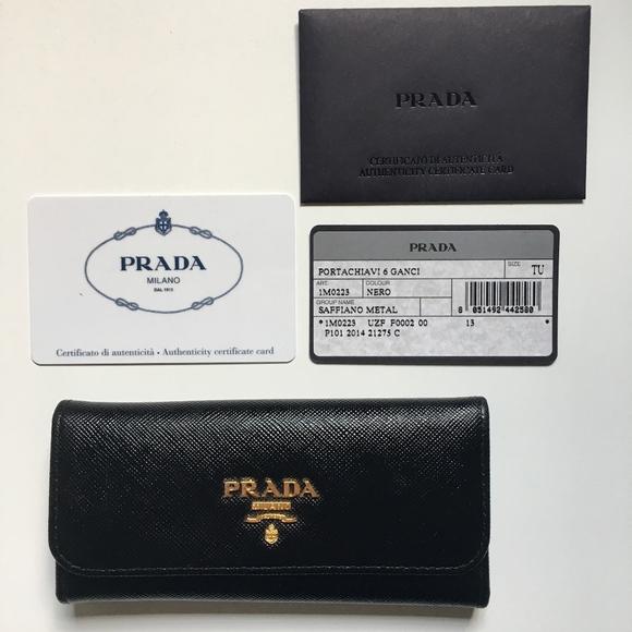 4150ded840c1 Prada Saffiano Leather Key Holder. M 5b79b544a31c3362c56bee31